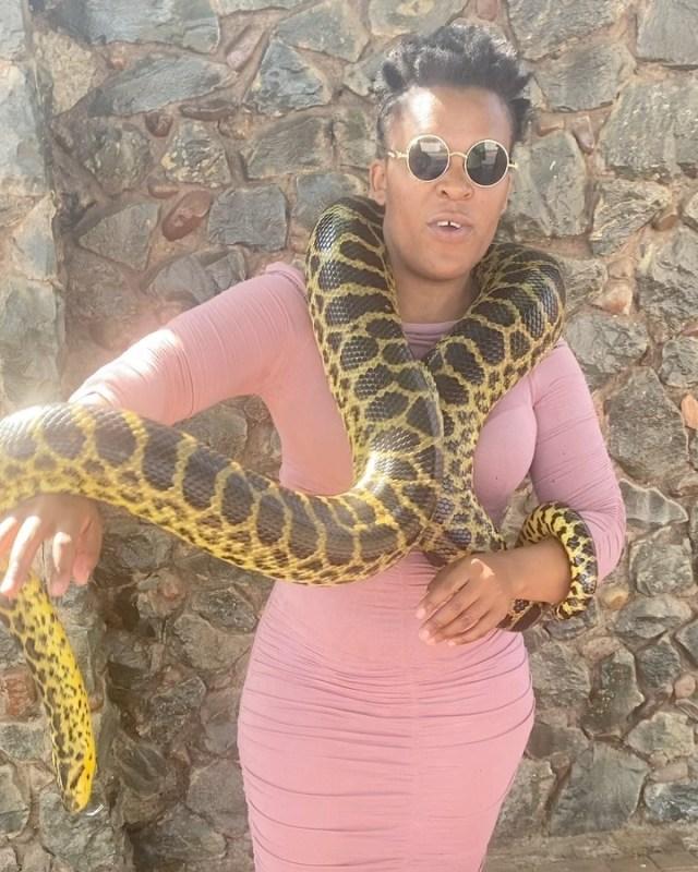 Zodwa Wabantu shows off her Snake Mamlambo